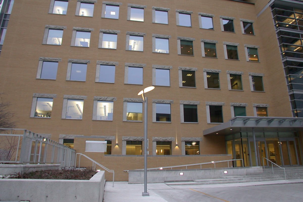 Toronto General Hospital A Lacroix Granit